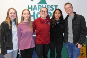 USC students at Harvest Hope